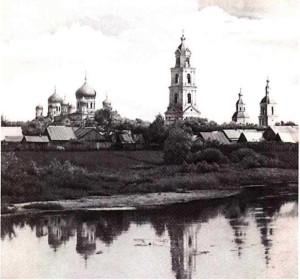 Вид Свято-Троицкого Серафимо-Дивеевского монастыря